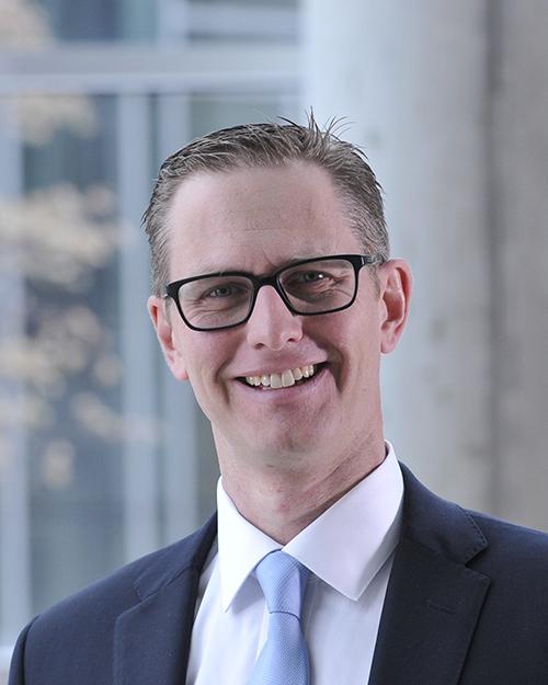 Dr Ryan Van Lieshout